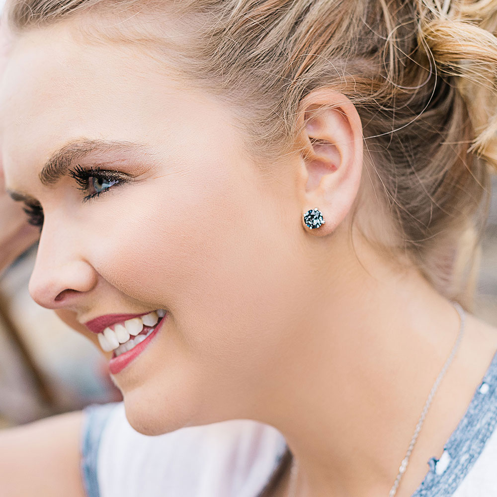 Gleaming Twilight Earrings