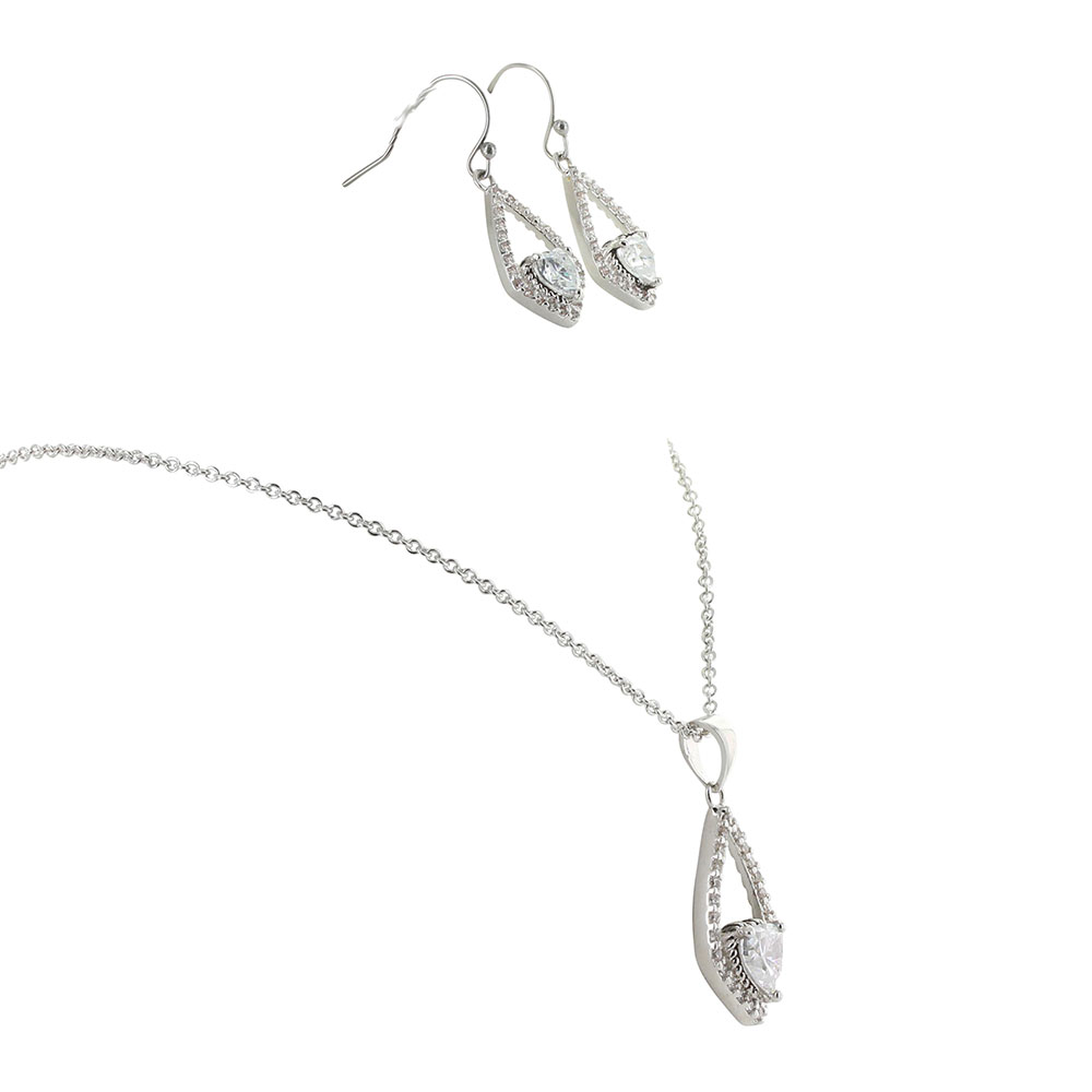 Hearts on a Swing Jewelry Set