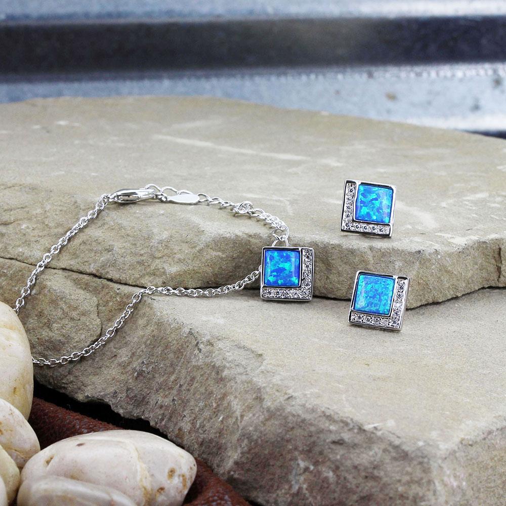 River of Light Infinity Pool Jewelry Set