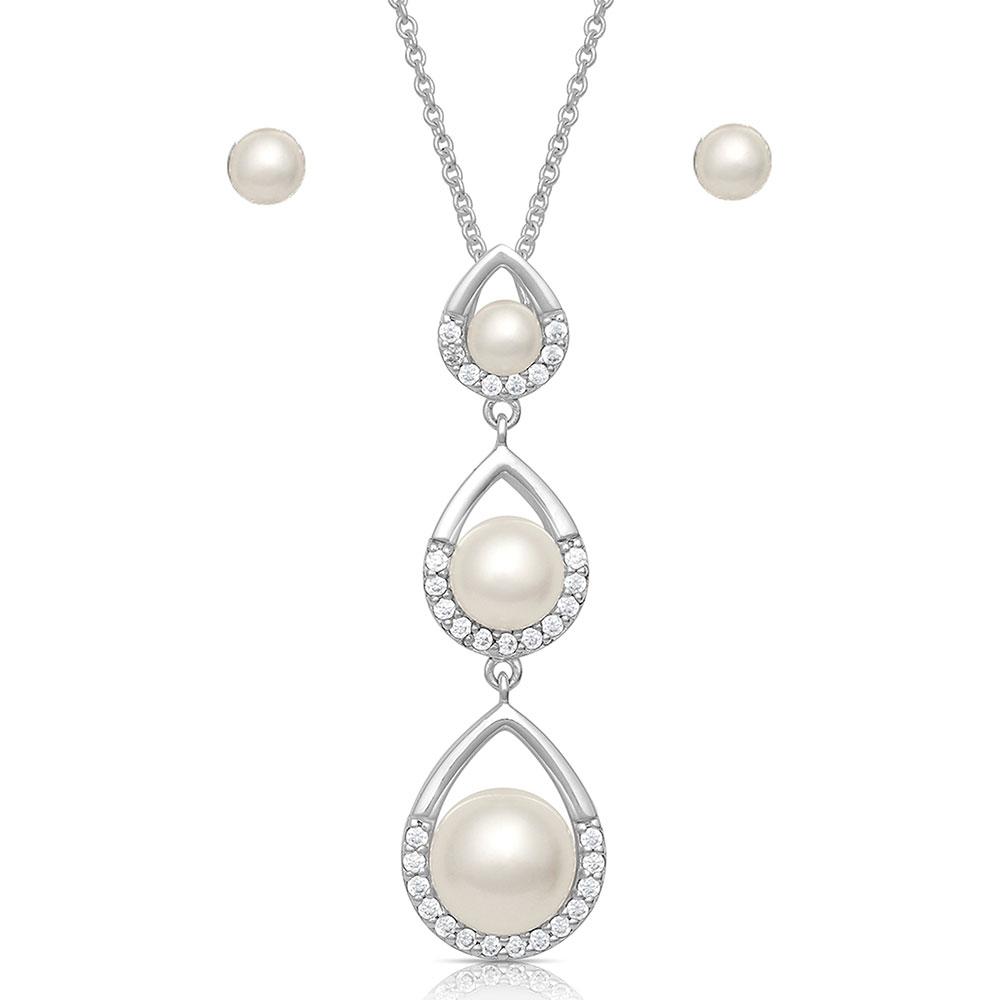 Perfect Pearl Teardrop Jewelry Set