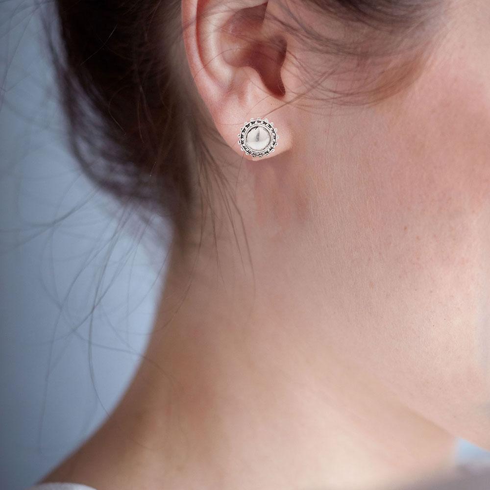 Glory Stud Earrings