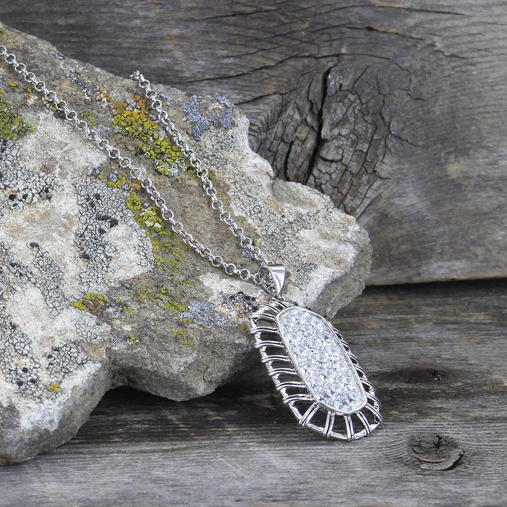 Buckstitch Pave Necklace
