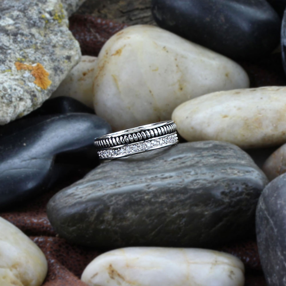Western Crown Rope Ring