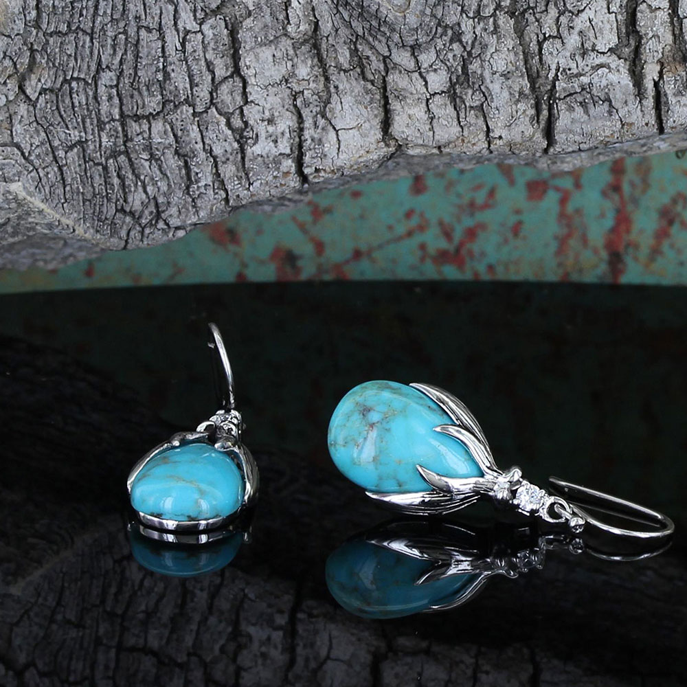 Pursue the Wild Crowns of Glory Turquoise Earrings